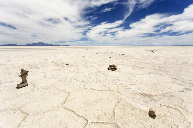 Bolivien, Salar de Uyuni Salzsee unter Wolken — Stockfoto