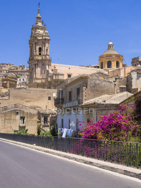 Italy, Sicily, Modica, San Giorgio Cathedral during daytime — Stock Photo