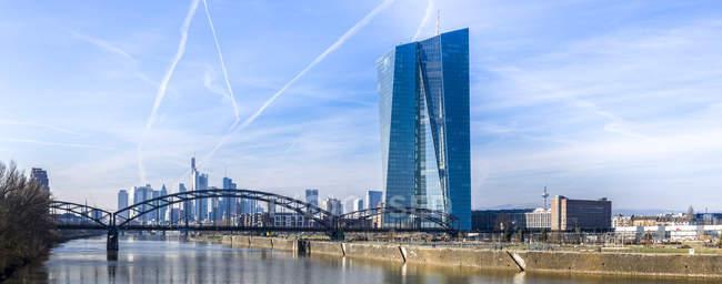 Deutschland, Frankfurt am Main, die neue Europäische Zentralbank — Stockfoto