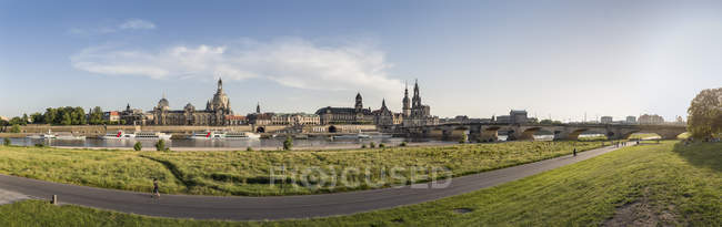 Germany, Saxony, Dresden, historic city center at River Elbe — Stock Photo