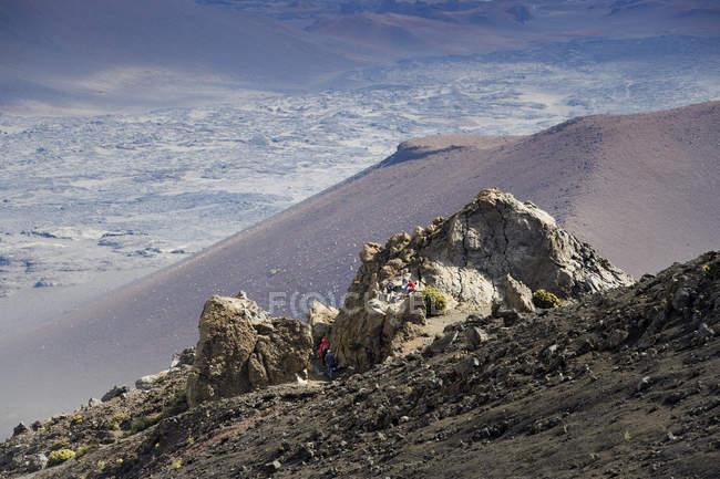 США, Гаваї, Мауї, Халеакала, туристів в вулканічну — стокове фото