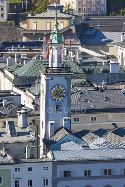 Австрія, Зальцбург, міський пейзаж з Ратушній вежі, як видно з Kapuzinerberg — стокове фото