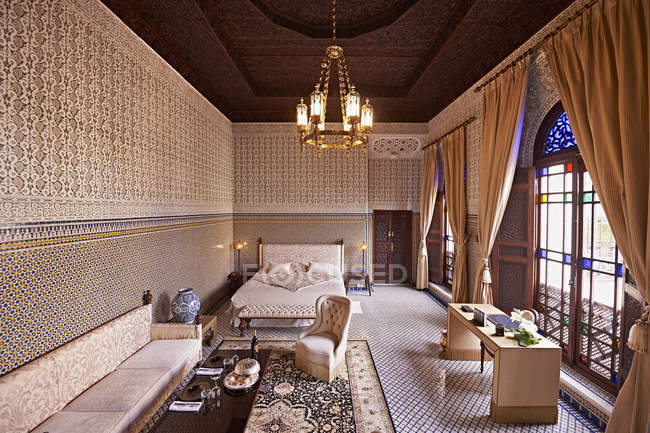 Morocco, Fes, saloon at Hotel Riad Fes indoors — Stock Photo