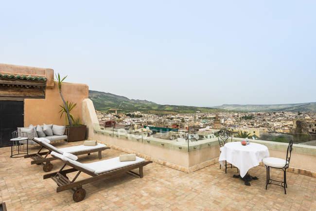 Marrocos, Fes, vista sobre medina do terraço do Hotel Riad Fes — Fotografia de Stock