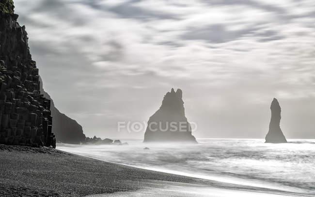 Iceland, Southern Coast, Halsanefshellir, Reynisfjara — Stock Photo