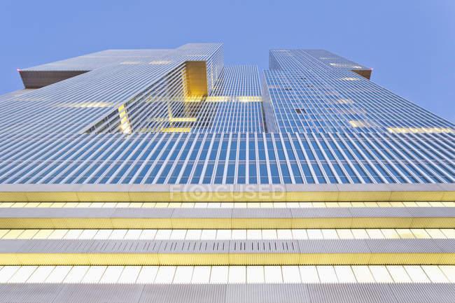 Нідерланди, Роттердам, коп Ван Зяуд, фасад офісної будівлі De Роттердам — стокове фото