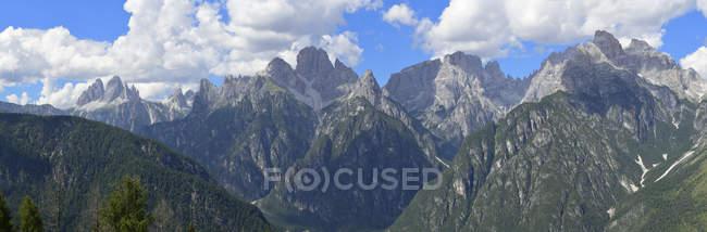 Italia, Dolomitas, Sextener Dolomitas de Monte Agudo - foto de stock