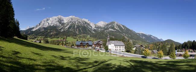 Austria, Styria, Ramsau am Dachstein, Dachstein Mountains, Panorama — Stock Photo