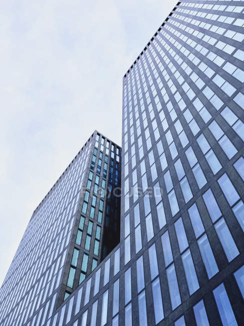 View of facade of modern office tower at daytime, Zurich, Switzerland — Stock Photo