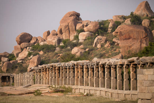 Indien, Karnataka, Achyuta Rayas Tempel in Hampi tagsüber — Stockfoto