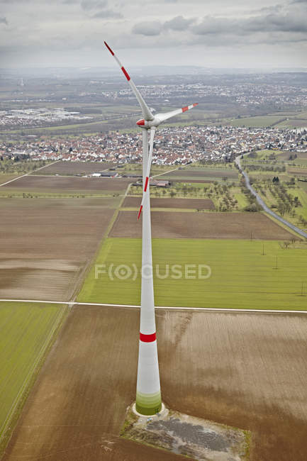 Аэрофотоснимок ветровой турбины, Южной Германии — стоковое фото