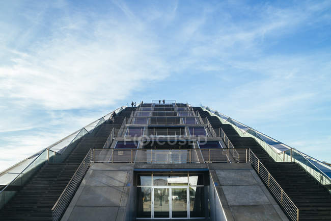 Germany, Hamburg, stairway at office building Dockland against sky — Stock Photo