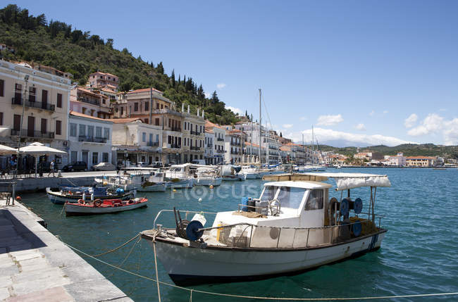 Greece, Gythio, fishing boats in harbor during daytime — Stock Photo