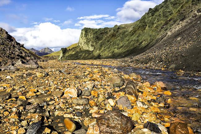 Исландия, Kirkjubaerklaustur, Landmanalauger, горный регион во время dayitme — стоковое фото