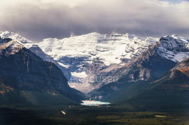 Canadá, Alberta, Parque Nacional de Banff, Lake Louise — Fotografia de Stock