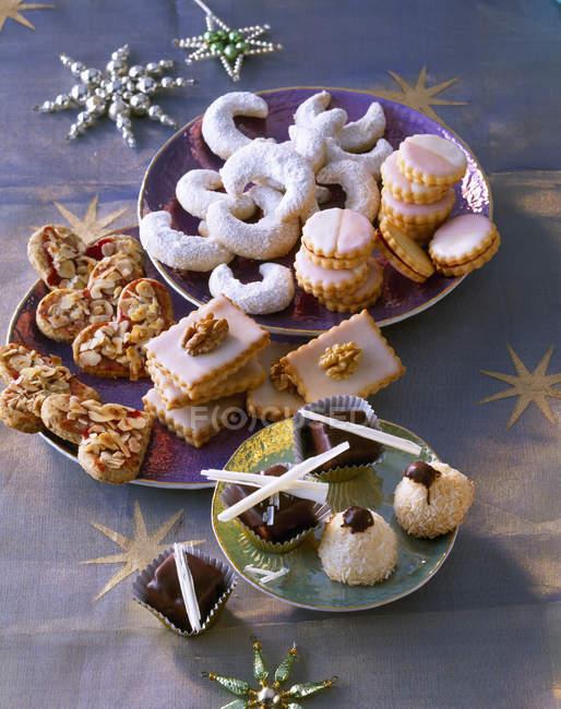Selection of various Christmas Cookies - foto de stock