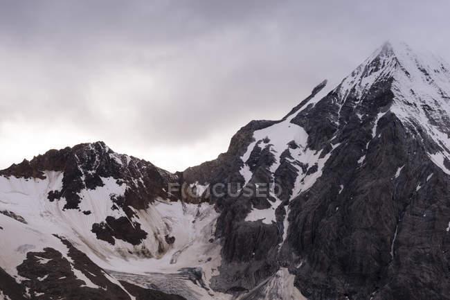 Италия, Южный Тироль, Вид на Альпы, Гран-Зебру справа — стоковое фото
