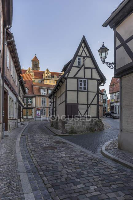 Allemagne, Saxe-Anhalt, Quedlinburg, Maisons à ossature de bois à Finkenherd — Photo de stock