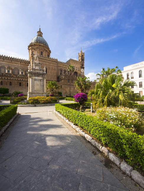 Italy, Sicily, Palermo, cathedral Maria Santissima Assunta — color ...