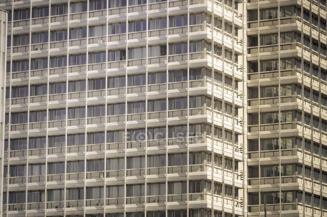 Alemanha, Berlim, torres de escritórios durante o dia — Fotografia de Stock