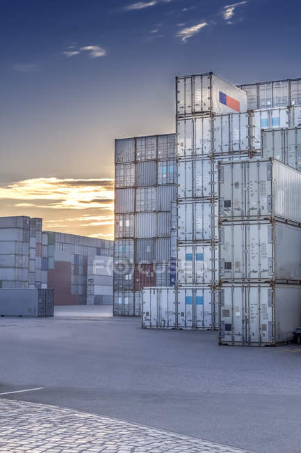 Stacked shipping containers at harbour — Stock Photo