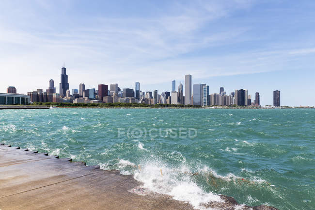 USA, illinois, Chicago Skyline mit Michigansee — Stockfoto