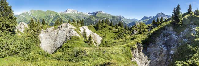 Austria, Vorarlberg, Lechtal Alps, Gipsloecher nature reserve, Grubenalpe — Stock Photo