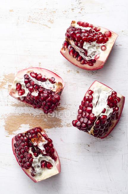 Pieces of fresh pomegranates — Stock Photo