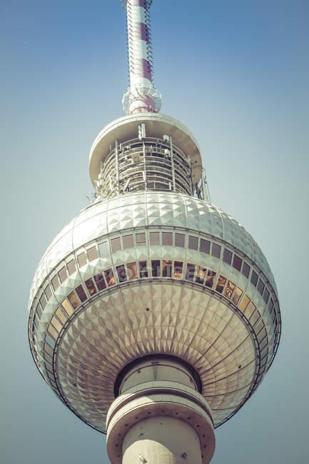 Vista de cerca de Alemania, Berlín, de la parte superior de la torre de la televisión - foto de stock