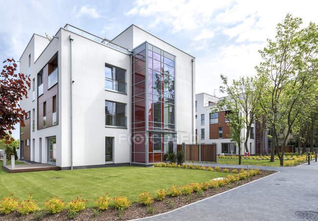 Pologne, Varsovie. Appartements modernes Hill Park — Photo de stock