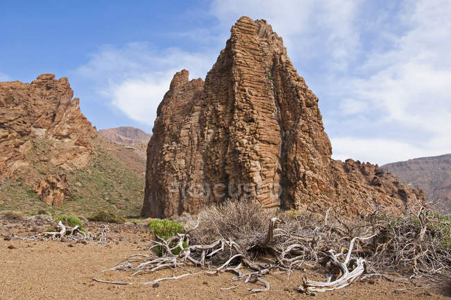 Spain, Canary Islands, Tenerife, Teide National Park, Roques de Garcia, La Catedral and view of rock formation — Stock Photo