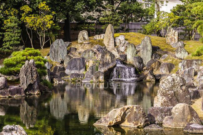 Japan, Kyoto, Nijo Castle, Pond in Castle park — Stock Photo