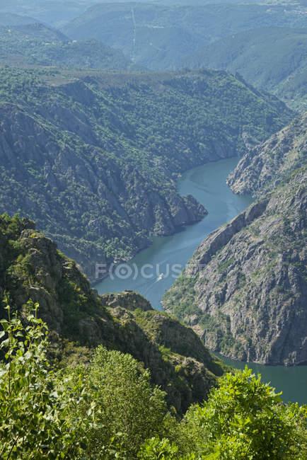 Vista aérea da Espanha, Galiza, do Mirador de cabezoas para Canon del sil — Fotografia de Stock