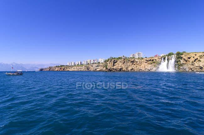 Turkey, Antalya, Turkish Riviera, Waterfall at coast during daytime — Stock Photo