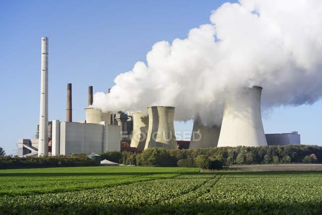 Германия, Северный Рейн-Вестфалия, Гревенброх Нейрат, Нейрат электростанция — стоковое фото