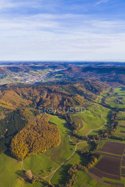 Germania, Baden-Wuerttemberg, veduta aerea del paesaggio vicino a Burladingen nelle montagne della Svevia — Foto stock