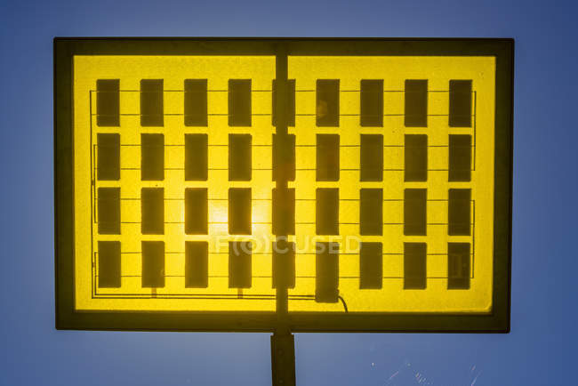 Árvore solar Alemanha, Ulm, na cidade Ulmer área residencial solar — Fotografia de Stock