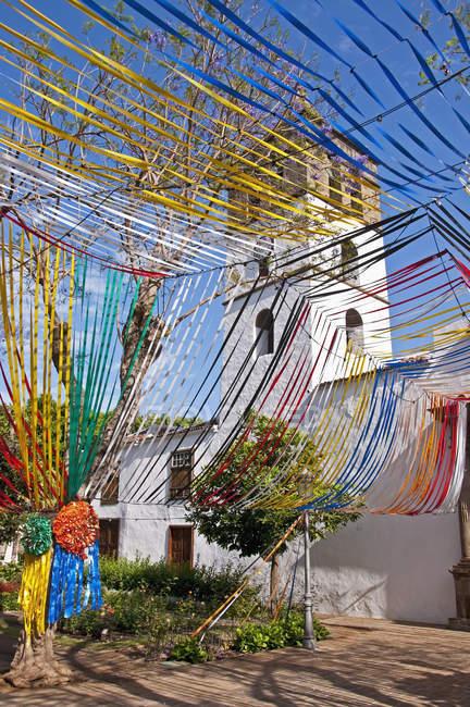 Spain, Canary Islands, Tenerife, Icod de Los Vinos, Church Square — Stockfoto