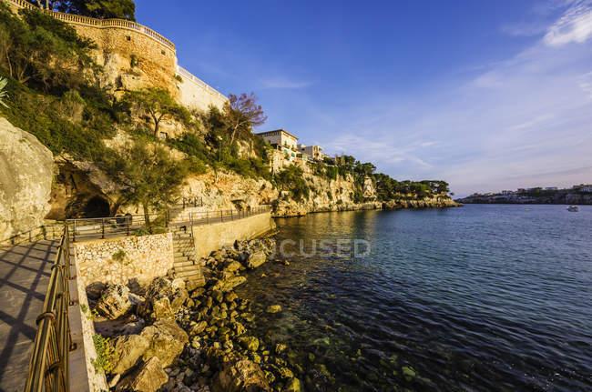 Spagna, Maiorca, Porto Cristo, Passeig de la Sirena — Foto stock