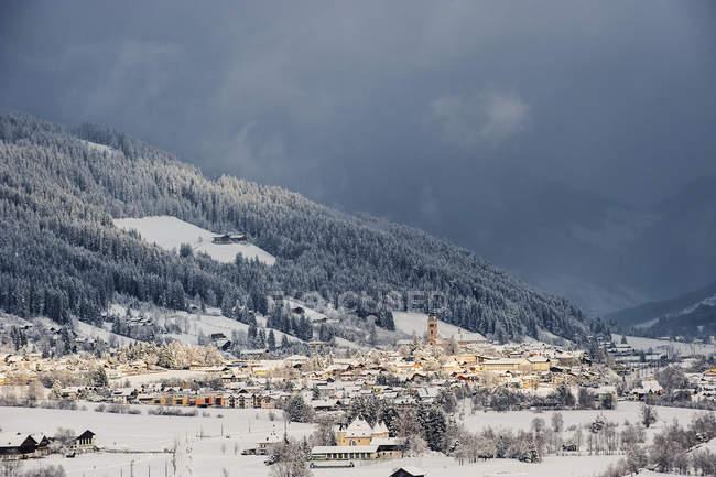 Австрія, Зальцбург держави, подання до Radstadt взимку — стокове фото