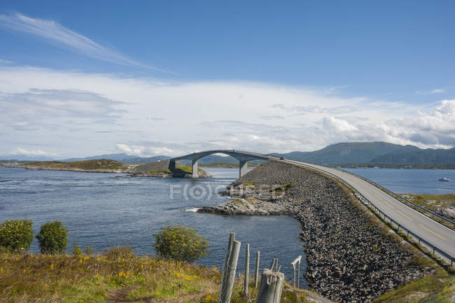 Norway, More og Romsdal, Atlantic Ocean Road — Photo de stock