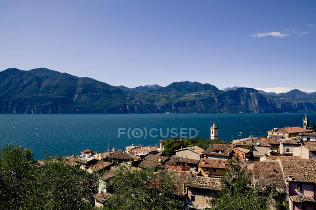 Lake Garda and Castelletto di Brenzone view — Stock Photo