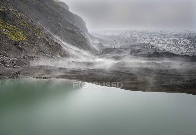 Iceland, South of Iceland, Skaftafell, Skaftafellsjoekull in the fog — Stock Photo