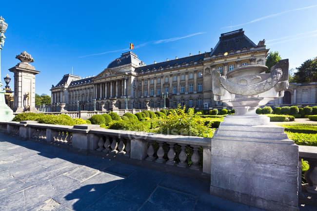 Belgio, Bruxelles, Mostra a Palazzo reale durante il giorno — Foto stock