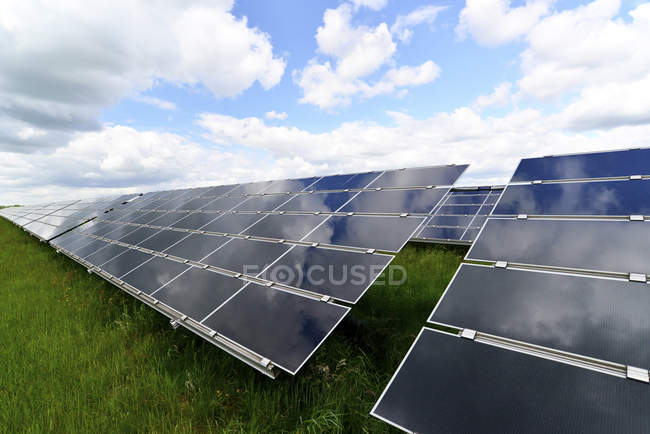 Germany, photoelectric cells of solar power plant — Stock Photo