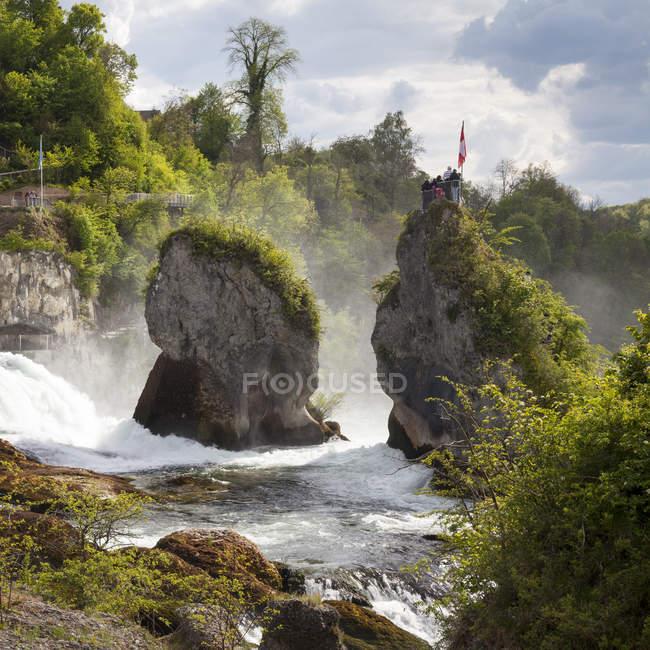 Природный ландшафт с водопадом Вальдвиртель — стоковое фото