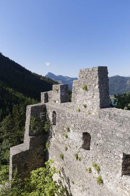 Австрія, Зальцбург держави, Зальцкаммергут, подання до замку Wartenfels денний час — стокове фото