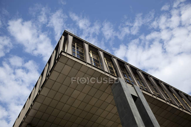 Building against sky , Extreme low angle view — Stock Photo