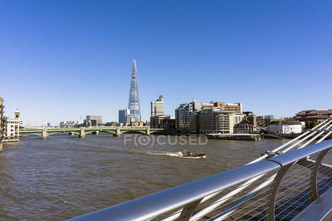 England, London, Southwark, Découvre à «The Shard» à plus de London Riverside — Photo de stock