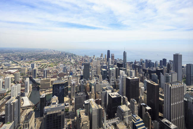 Chicago, Illinois, Chicago cityscape view from Willis Tower — Stock Photo